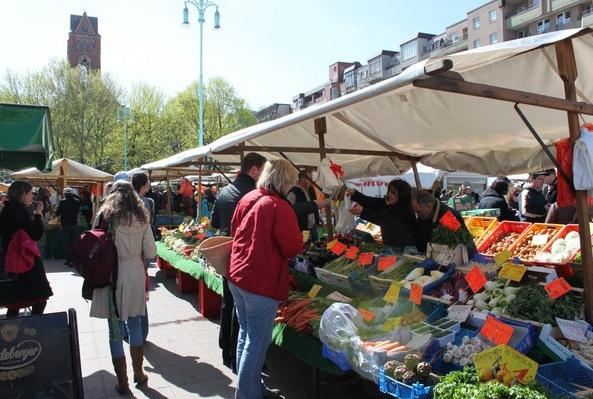 Wochenmarkt auf dem Winterfeldplatz - Foto: M. Steuckardt www.steuckardt.de
